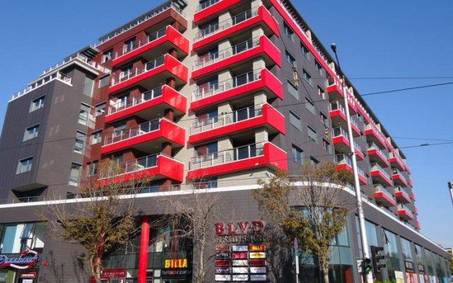 Апартаменты Madrid Apartments Cherkovna вид на фасад