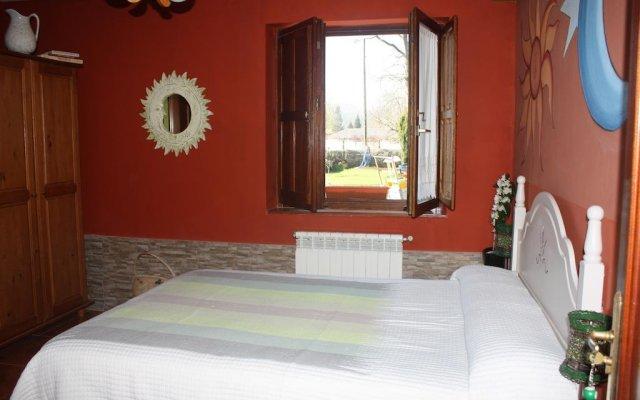 Отель Llosa de Ibio комната для гостей