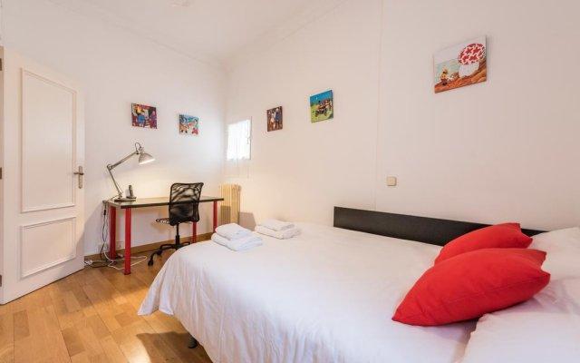 Отель Chic Rentals La Latina комната для гостей