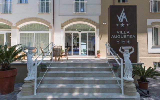 Отель Villa Augustea вид на фасад