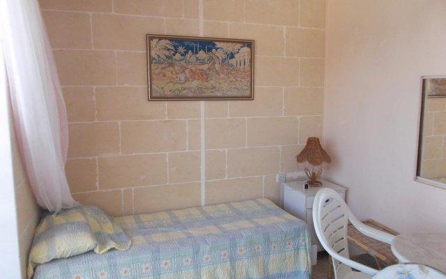 Отель Ta' Karmni комната для гостей