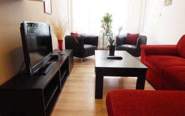 Отель Muna Apartments - Iris Чехия, Карловы Вары - отзывы, цены и фото номеров - забронировать отель Muna Apartments - Iris онлайн комната для гостей