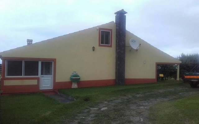 Отель Country House in Azores - S. Miguel вид на фасад