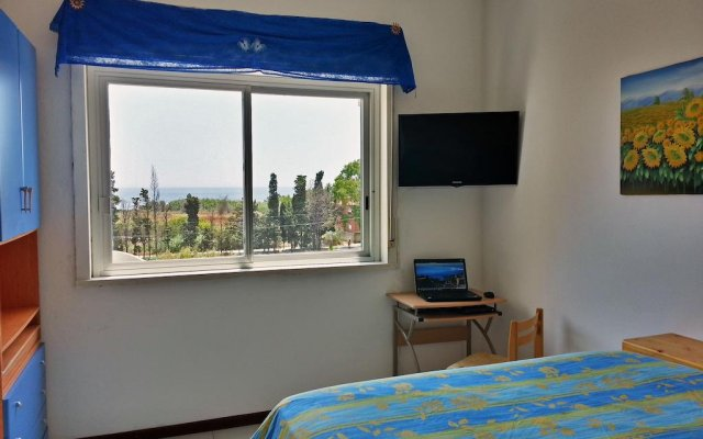 Отель Cheap Taormina Holidays Джардини Наксос комната для гостей