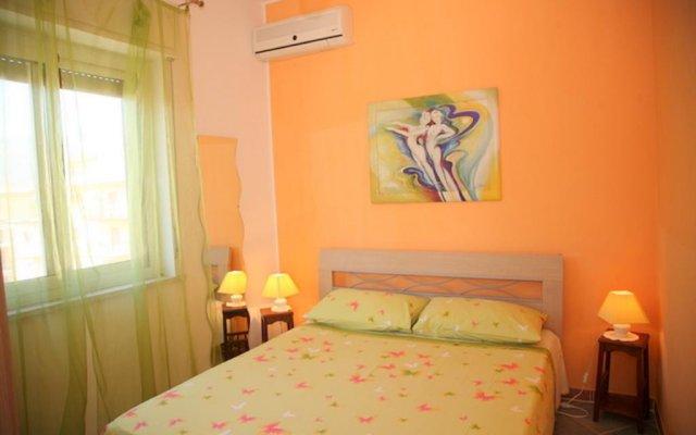 Отель Appartamenti Calliope e Silvia, Giardini Naxos Джардини Наксос комната для гостей