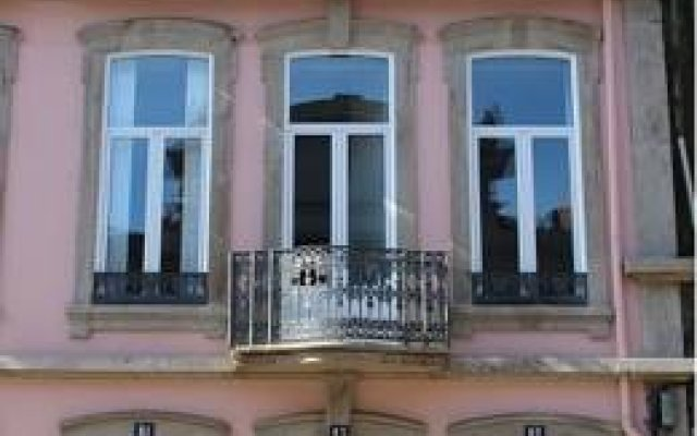 Отель 12 Short Term вид на фасад