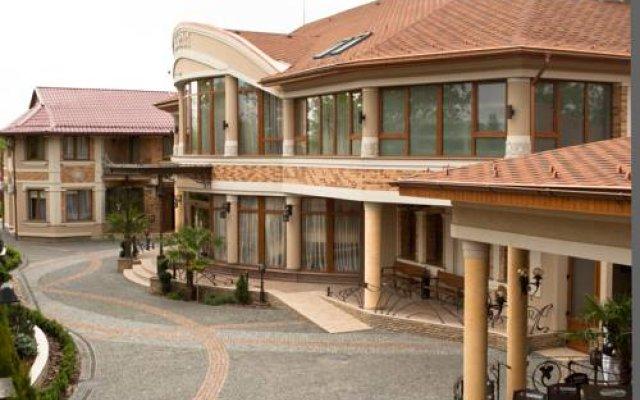 Charda Hotel вид на фасад