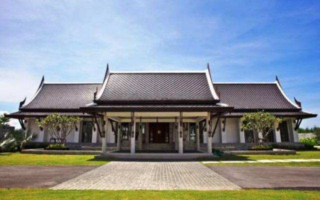 Отель Manathai Villa Sylvia, Pattaya вид на фасад