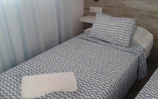 Отель La Chanca Испания, Кониль-де-ла-Фронтера - отзывы, цены и фото номеров - забронировать отель La Chanca онлайн комната для гостей