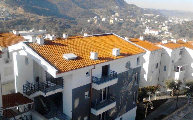 Отель Kodra e Diellit Residence Албания, Тирана - отзывы, цены и фото номеров - забронировать отель Kodra e Diellit Residence онлайн балкон