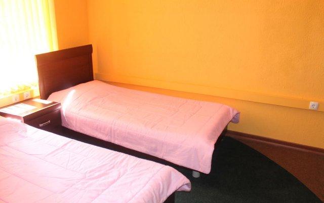 Отель Travelers Hostel Армения, Ереван - отзывы, цены и фото номеров - забронировать отель Travelers Hostel онлайн комната для гостей