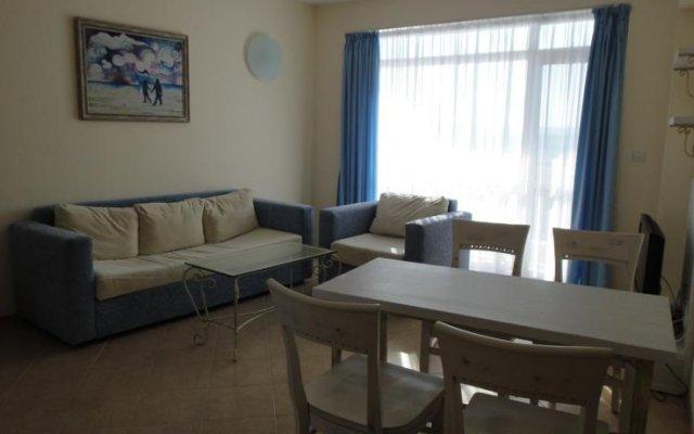 Апартаменты Goodlife Apartments Балчик комната для гостей