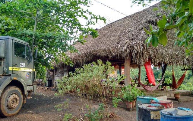 Hostel Grand River Lodge