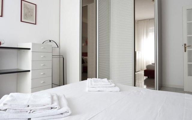 Апартаменты Milani Apartment Милан комната для гостей