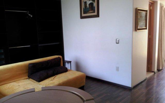 Отель Suites Polanco Anzures Мехико комната для гостей