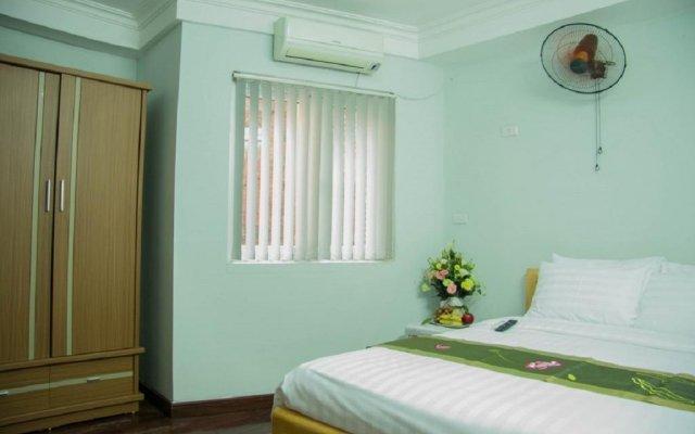 Отель Vietnam Apple Travel Homestay Ханой комната для гостей