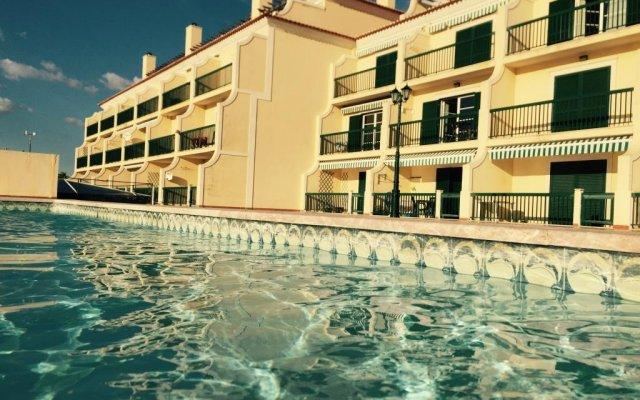 Отель Ericeira Boutique Flat вид на фасад