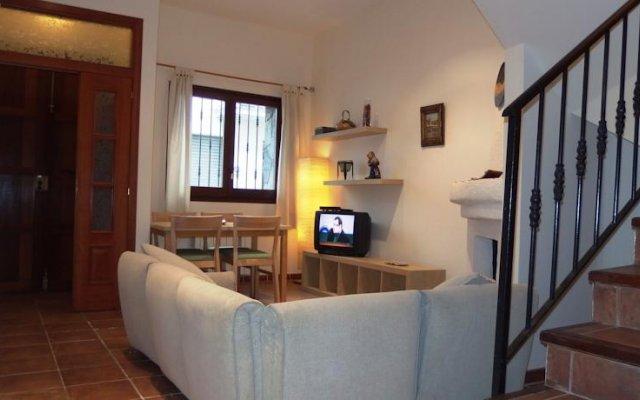 Отель Apartamentos Blanes Испания, Бланес - отзывы, цены и фото номеров - забронировать отель Apartamentos Blanes онлайн комната для гостей