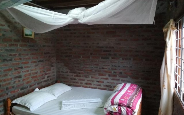 Sapa Tavan Hostel Шапа комната для гостей