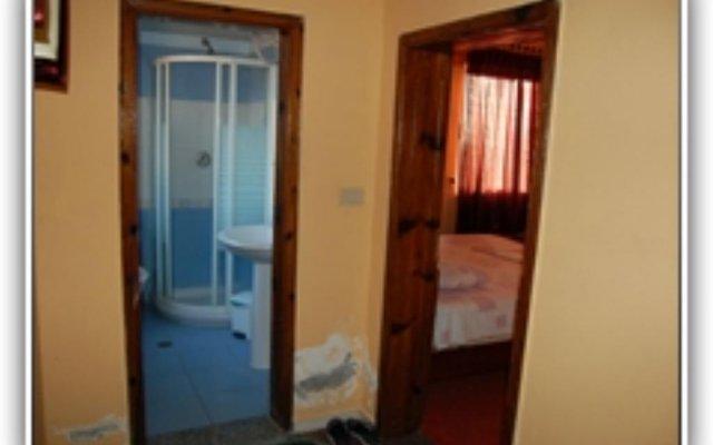 Отель Pilo Lala Konjat Голем комната для гостей