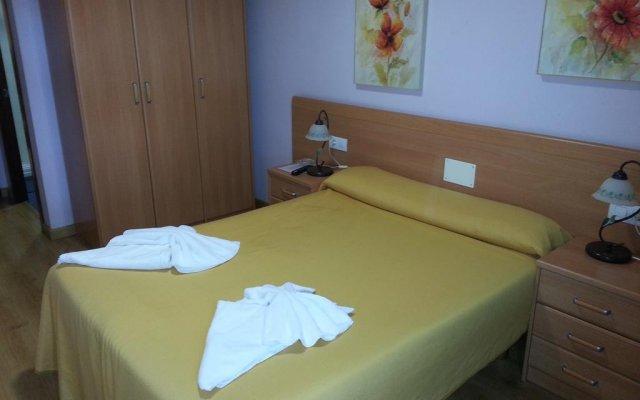 Hotel Restaurante Pizzeria ABC комната для гостей