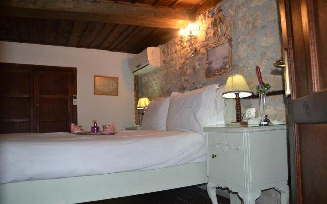 Отель Bujtina Kodiket Guesthouse Албания, Берат - отзывы, цены и фото номеров - забронировать отель Bujtina Kodiket Guesthouse онлайн комната для гостей