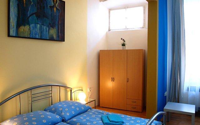 Отель Old Town Home Prague Чехия, Прага - отзывы, цены и фото номеров - забронировать отель Old Town Home Prague онлайн комната для гостей