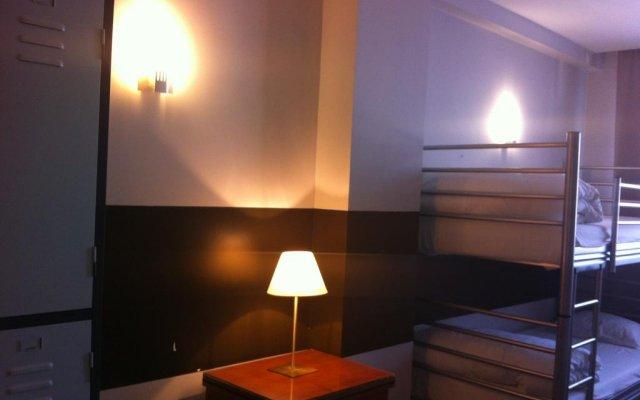 Отель Es Hostel Midi Бельгия, Брюссель - отзывы, цены и фото номеров - забронировать отель Es Hostel Midi онлайн удобства в номере