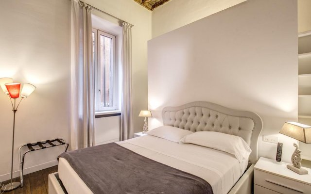 Отель Sole al Pantheon Penthouse Италия, Рим - отзывы, цены и фото номеров - забронировать отель Sole al Pantheon Penthouse онлайн комната для гостей