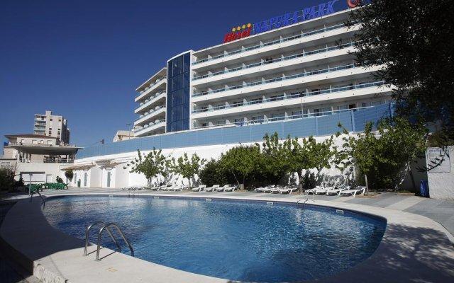 Hotel Natura Park бассейн