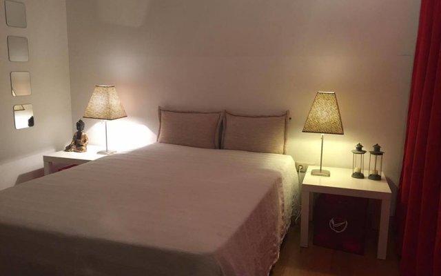 Отель Quintinha Do Miradouro Португалия, Мезан-Фриу - отзывы, цены и фото номеров - забронировать отель Quintinha Do Miradouro онлайн комната для гостей