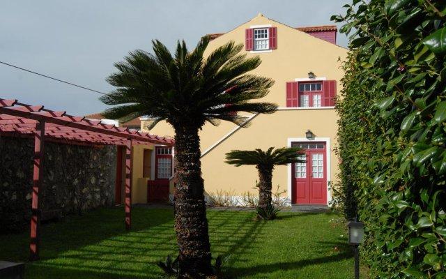 Отель Casa da Japoneira вид на фасад