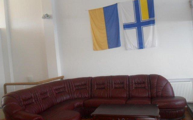 Отель Elling Guest House Черноморск комната для гостей
