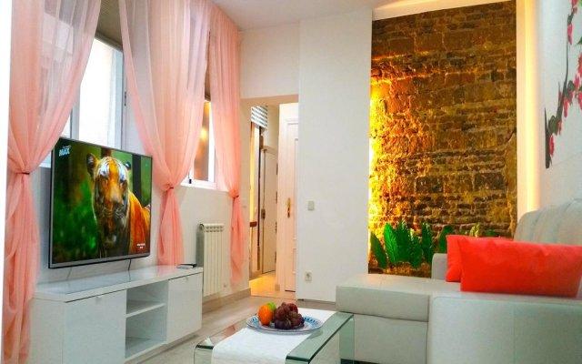 Отель Palacio Apartments - Madrid Испания, Мадрид - отзывы, цены и фото номеров - забронировать отель Palacio Apartments - Madrid онлайн комната для гостей