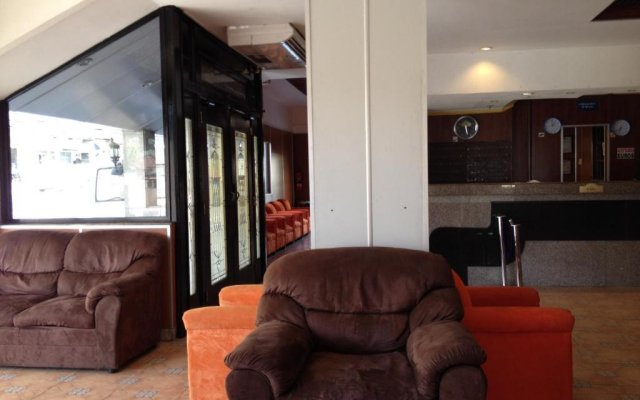 Hotel Costa Inn 2