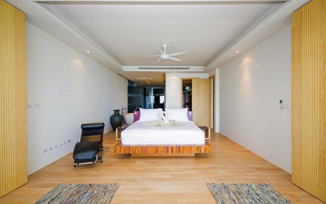 Отель Villas Overlooking Layan комната для гостей