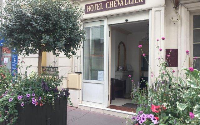 Hotel Chevallier вид на фасад