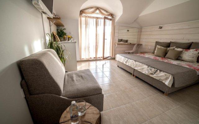 Отель The Poolhouse Болгария, Свети Влас - отзывы, цены и фото номеров - забронировать отель The Poolhouse онлайн комната для гостей