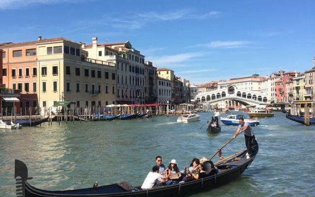 Отель Ve.N.I.Ce. Cera Casa Del Sol Италия, Венеция - отзывы, цены и фото номеров - забронировать отель Ve.N.I.Ce. Cera Casa Del Sol онлайн приотельная территория