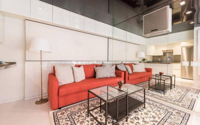 Отель My City Home Puerta Hierro Design Duplex комната для гостей
