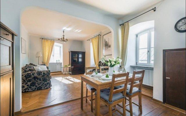 Апартаменты P&O Podwale Apartments Варшава комната для гостей