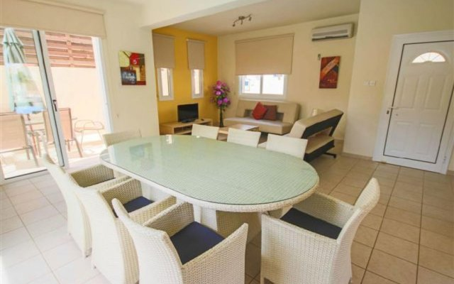 Отель Villa Florie Кипр, Протарас - отзывы, цены и фото номеров - забронировать отель Villa Florie онлайн комната для гостей