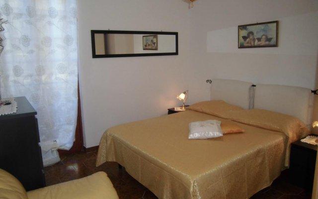 Отель Ma.Di Bb Рокка-Сан-Джованни комната для гостей
