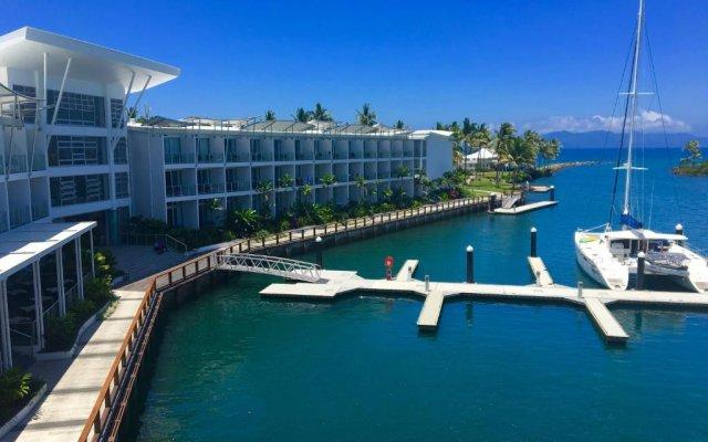 Отель The Pearl South Pacific Resort Фиджи, Вити-Леву - отзывы, цены и фото номеров - забронировать отель The Pearl South Pacific Resort онлайн бассейн