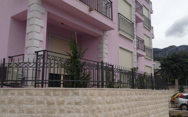 Апартаменты Viola Di Mare Apartments вид на фасад