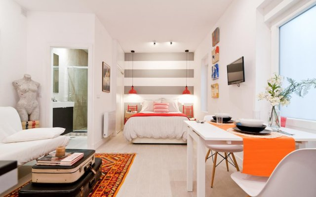 Отель Reina Sofia Ideal Мадрид комната для гостей