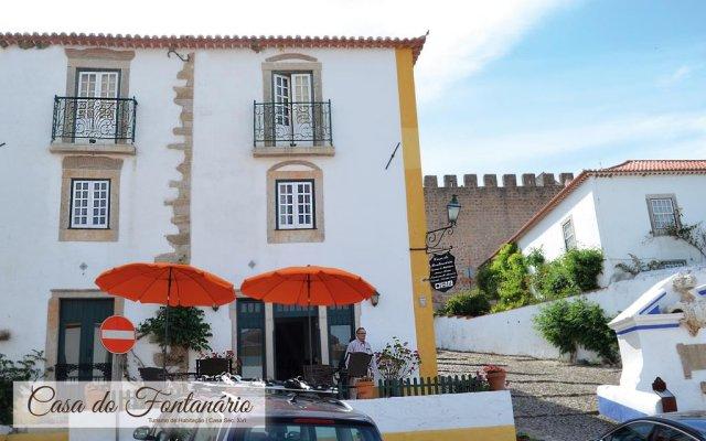 Отель Casa do Fontanário de Óbidos - Turismo de Habitação вид на фасад