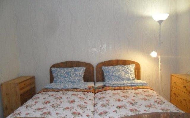 Апартаменты на Солнечной комната для гостей