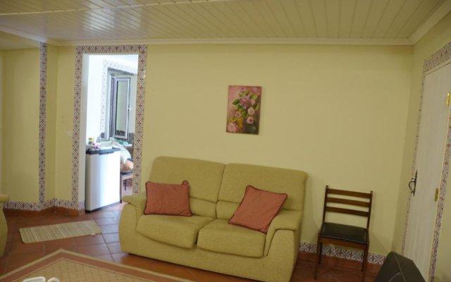 Отель Casa do Vale Понта-Делгада комната для гостей
