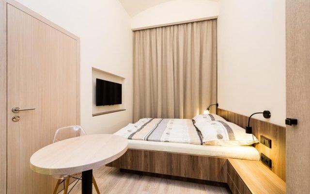 Отель Ostrovni Astra Apartment Чехия, Прага - отзывы, цены и фото номеров - забронировать отель Ostrovni Astra Apartment онлайн комната для гостей